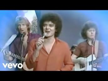Air Supply - Lost In Love (1980)