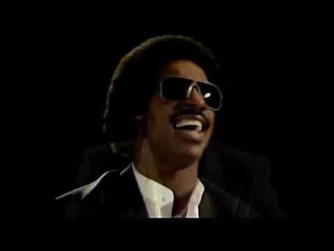 Paul McCartney & Stevie Wonder - Ebony and Ivory (1982)