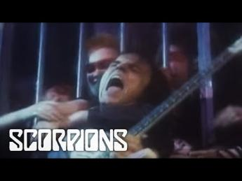 Scorpions - Rock You Like A Hurricane (1984)